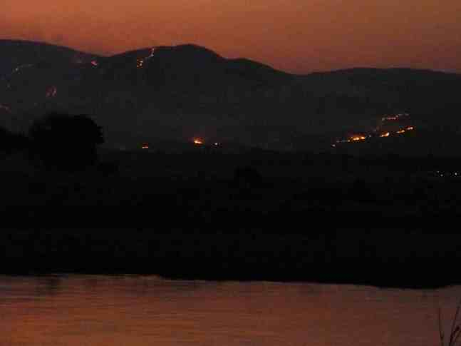A bad picture of the burning hills.