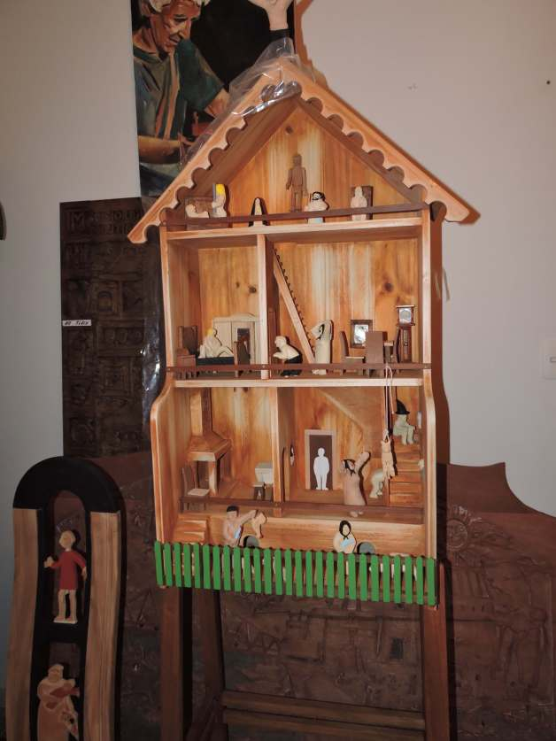 "Several pieces represent episodes of Pepe's life. This is a ""haunted"" house he secretly visited as a child."