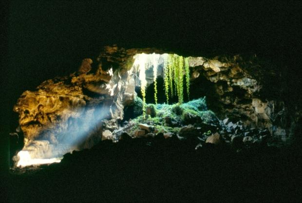 suswa caves 1